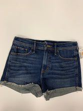 Load image into Gallery viewer, Hollister Womens Shorts Size 3/4