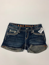 Load image into Gallery viewer, Rock Revival Shorts Size 3/4