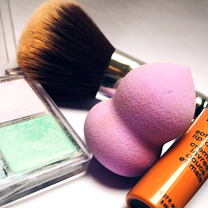Dirty makeup sponges harbor dangerous bacteria