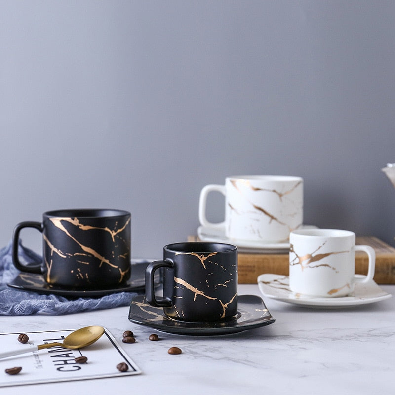 King & Queen Marble Mug Set