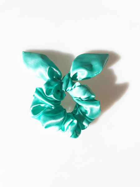 Sassy Bow Scrunchie Signature Blue - Gift