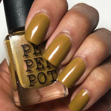 Load image into Gallery viewer, Pepper Pot - Bombshell Nail Polish