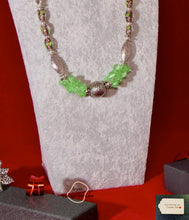 Load image into Gallery viewer, Grade C NC Green Cat's Eye  and Lampwork Beads