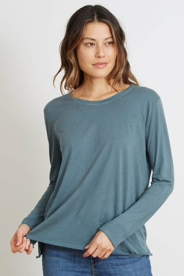CLASSIC FIT LONG SLEEVE - The Suzanne