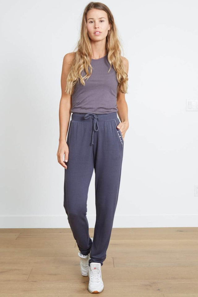 BELIEVE - The Beauty Ruched Sweatpant