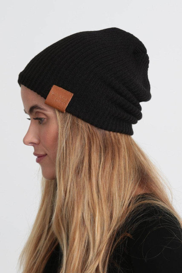 F BEING PERFECT - The Slouchy Beanie
