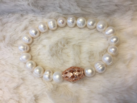 Isabella Bracelet - Wedding Edition - White Freshwater pearl