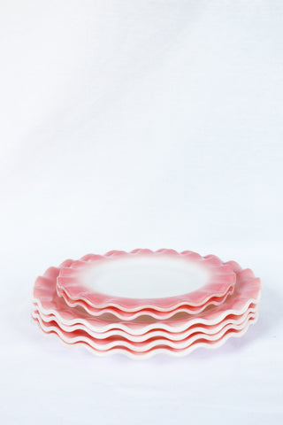 Ruffled Plate Set