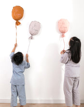 Load image into Gallery viewer, Cotton Balloon