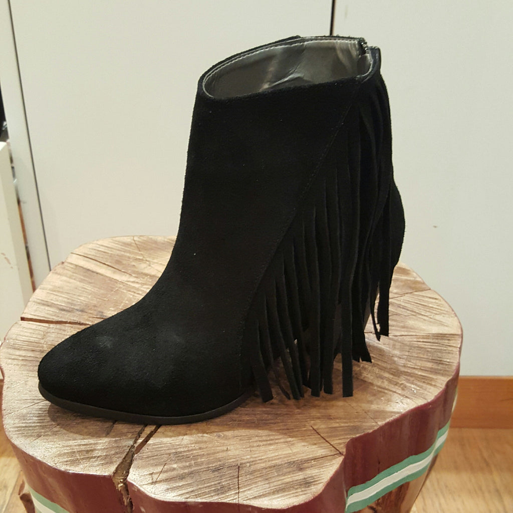 B Unique - Fringe Boot - Black Suede