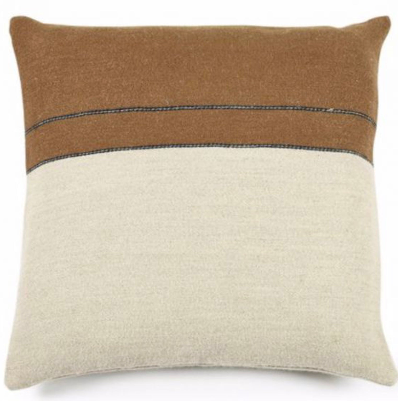 Gus Cushion 63x63