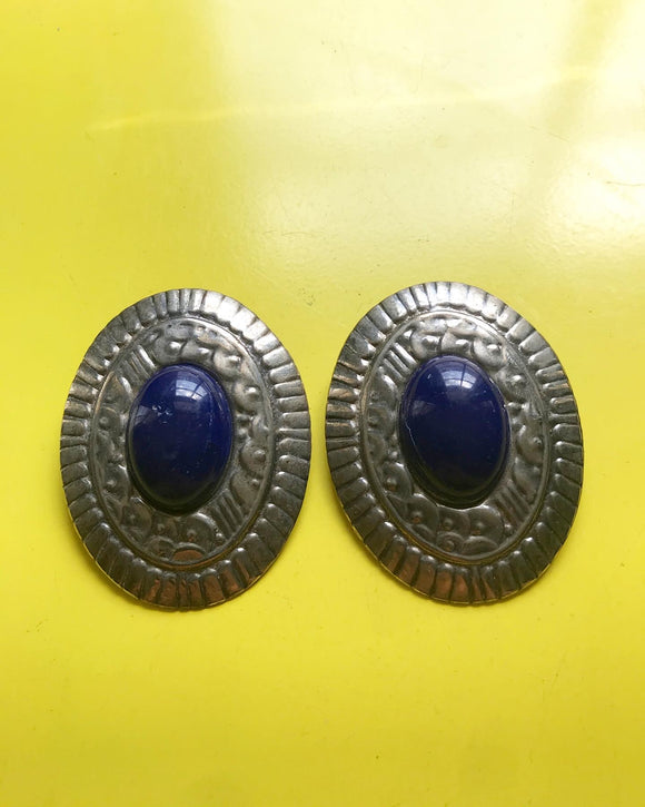 1980s large incised silver and blue stone