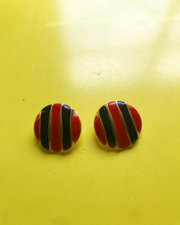 1980's Gold Black & Red small circle pierced earrings ⁣