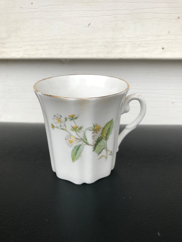 White floral tea cup