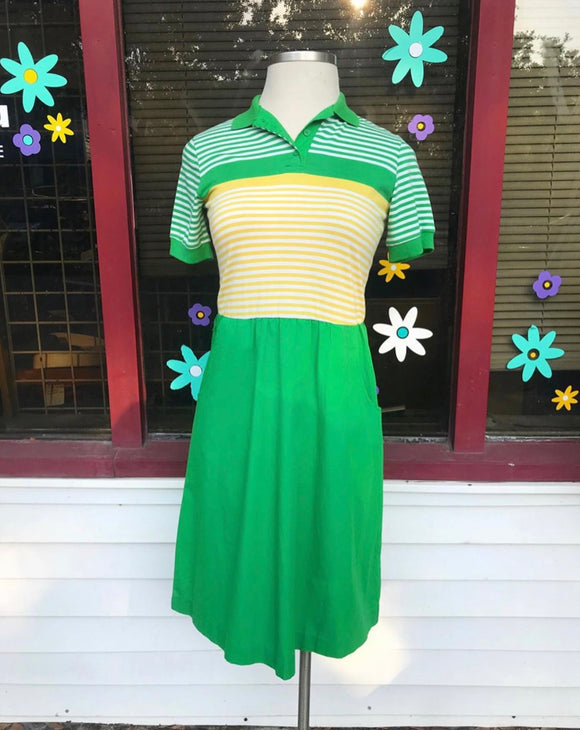 1980's Sears Green,White & Yellow striped polo collar dress. ⁣