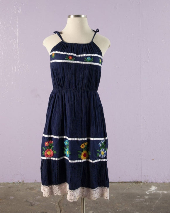 Classic Central American crinkle gauze sundress with tie shoulders with embroidered flowers
