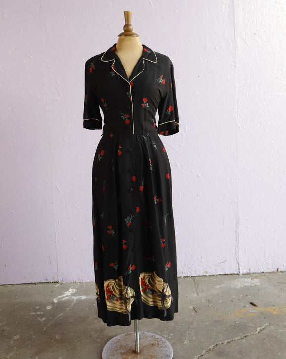 1990's Black maxi shirt dress with a floral and hat print