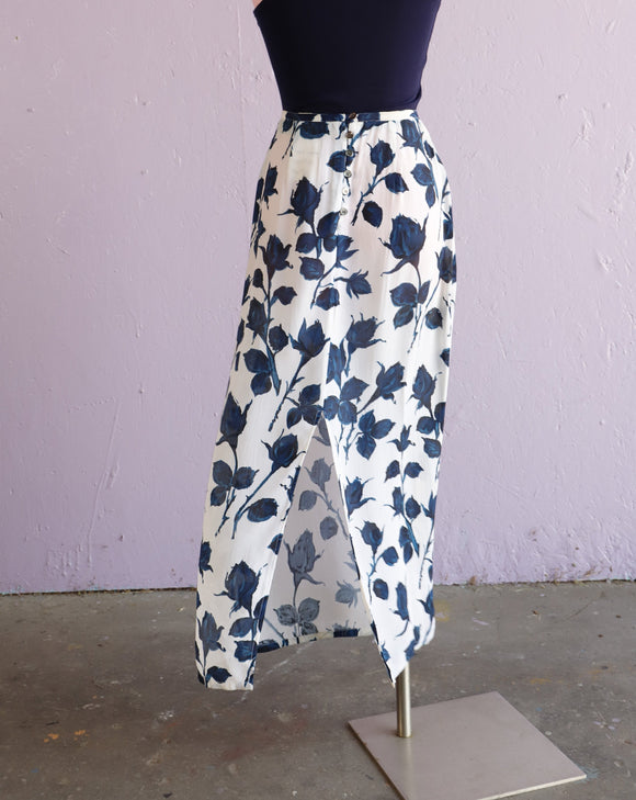 1990's White & Navy sheer skirt with half slit in the front