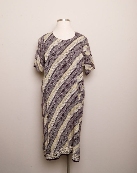 Plum, Sage and Ivory Batik Caftan house dress with pockets