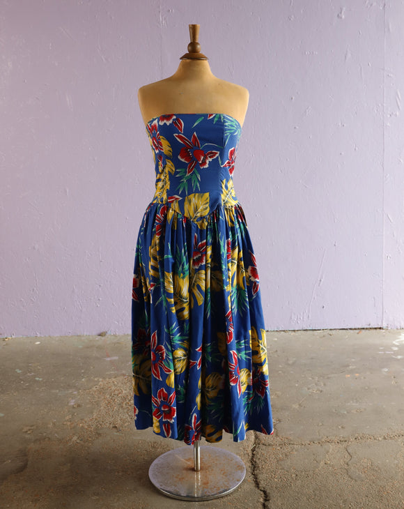 1980's Blue tropical floral strapless tea length dress with scalloped  waist.