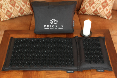 Prickly Lotus™ Luxury Acupressure Mat, Pillow And Bag Set