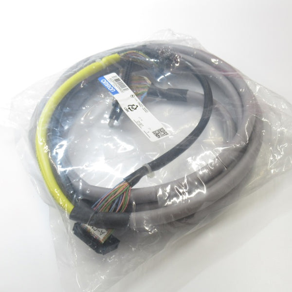 XW2Z-300D   Connector 端子台 Converter Module 専用 Connection Cable  シールドあり