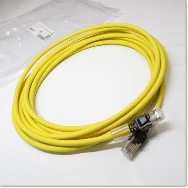 XS6W-6LSZH8SS500CM-Y  産業用イーサネット Connector  両側 Connector 付 Cable  5m