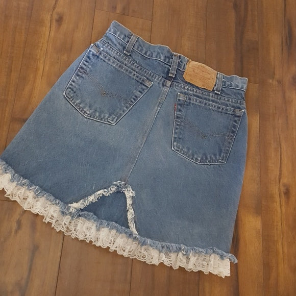 Levi's - Vintage Lace Trim High Waisted Jean Skirt
