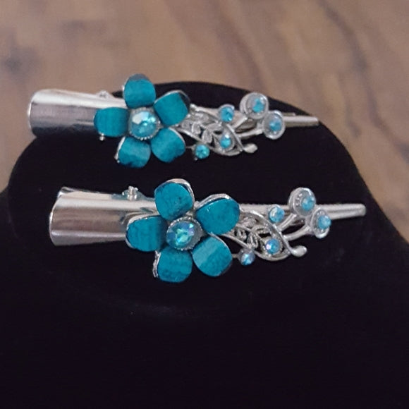 Vintage -Faux Turquoise & Rhinestone Hair Clips