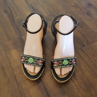 Vintage - Elegant Collection Floral Wedges