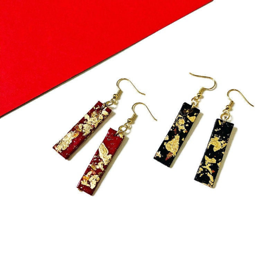 Bar Earrings Black with Gold Flakes