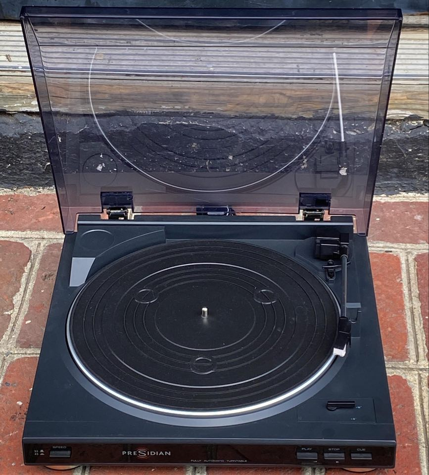 Presidian Turntable