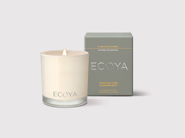 Zesty citrus notes of grapefruit, lemon and Tahitian lime are boosted with a pinch of rhubarb tea. A powerful and pleasant fragrance designed to refresh your kitchen.