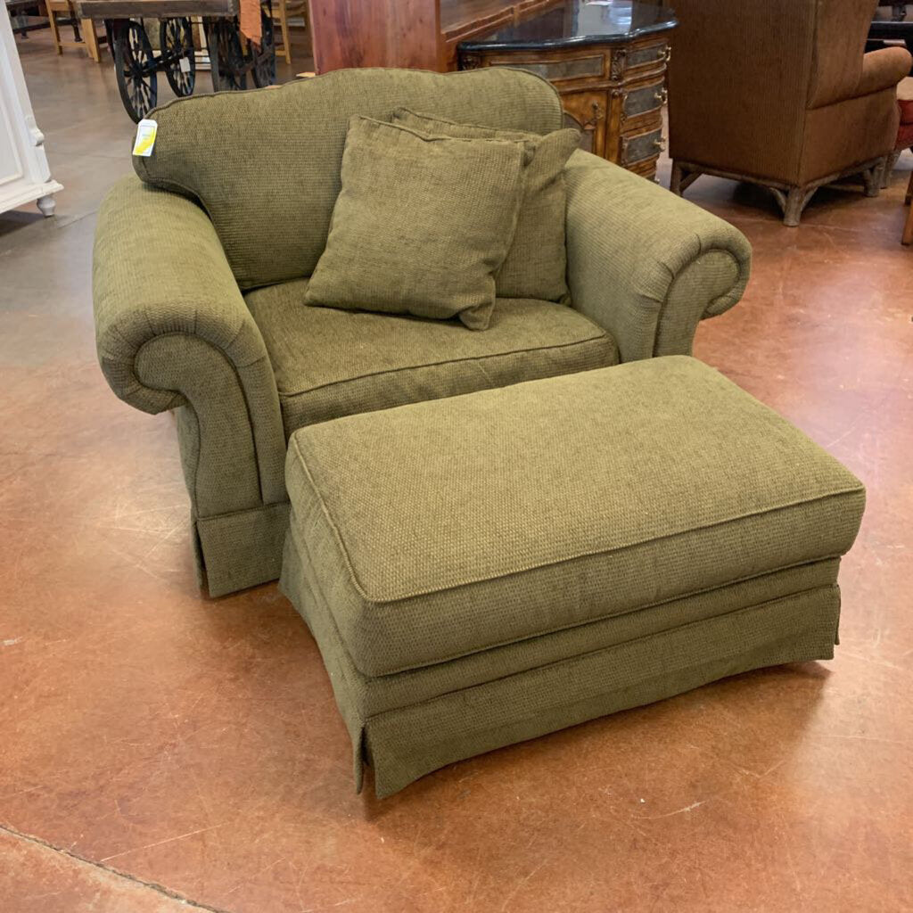 Flexsteel Oversized Green Armchair w/ 2 Pillows + Ottoman
