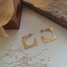 Load image into Gallery viewer, Mid-century cubist hoop earrings in rose gold