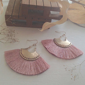 Statement threaded fan drop earring in blush