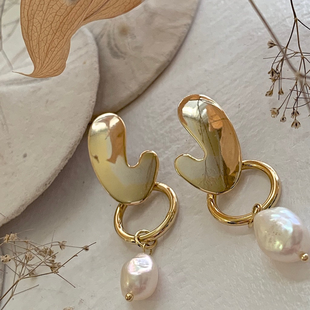 Mid century modern design drop earring with freshwater pearl drops
