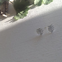 Load image into Gallery viewer, Tiny Monstera leaf Stud earrings in silver