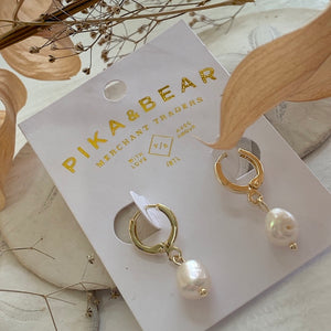 One touch gold hoop earrings with freshwater pearl drops