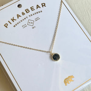 Dainty Druzy Pendant charm Necklace in Gold and Black