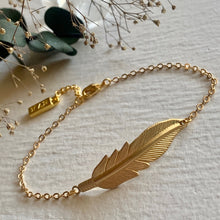Load image into Gallery viewer, Feather design bohemian chain bracelet in brass and gold