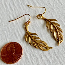 Load image into Gallery viewer, 1930's Inspired Raw Brass Vintage Look Fern Style Drop Earrings
