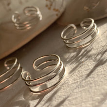 Load image into Gallery viewer, Sterling silver triple banded toe ring