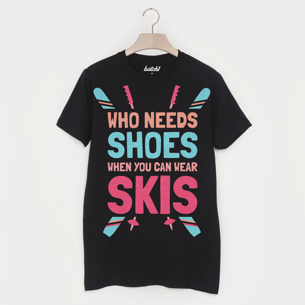 Wear Skis Not Shoes Men's Retro Après Ski T Shirt