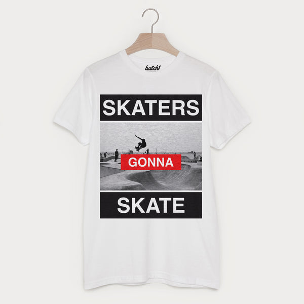 Skaters Gonna Skate Men's 90s Photo Print Skateboarding Slogan T-Shirt