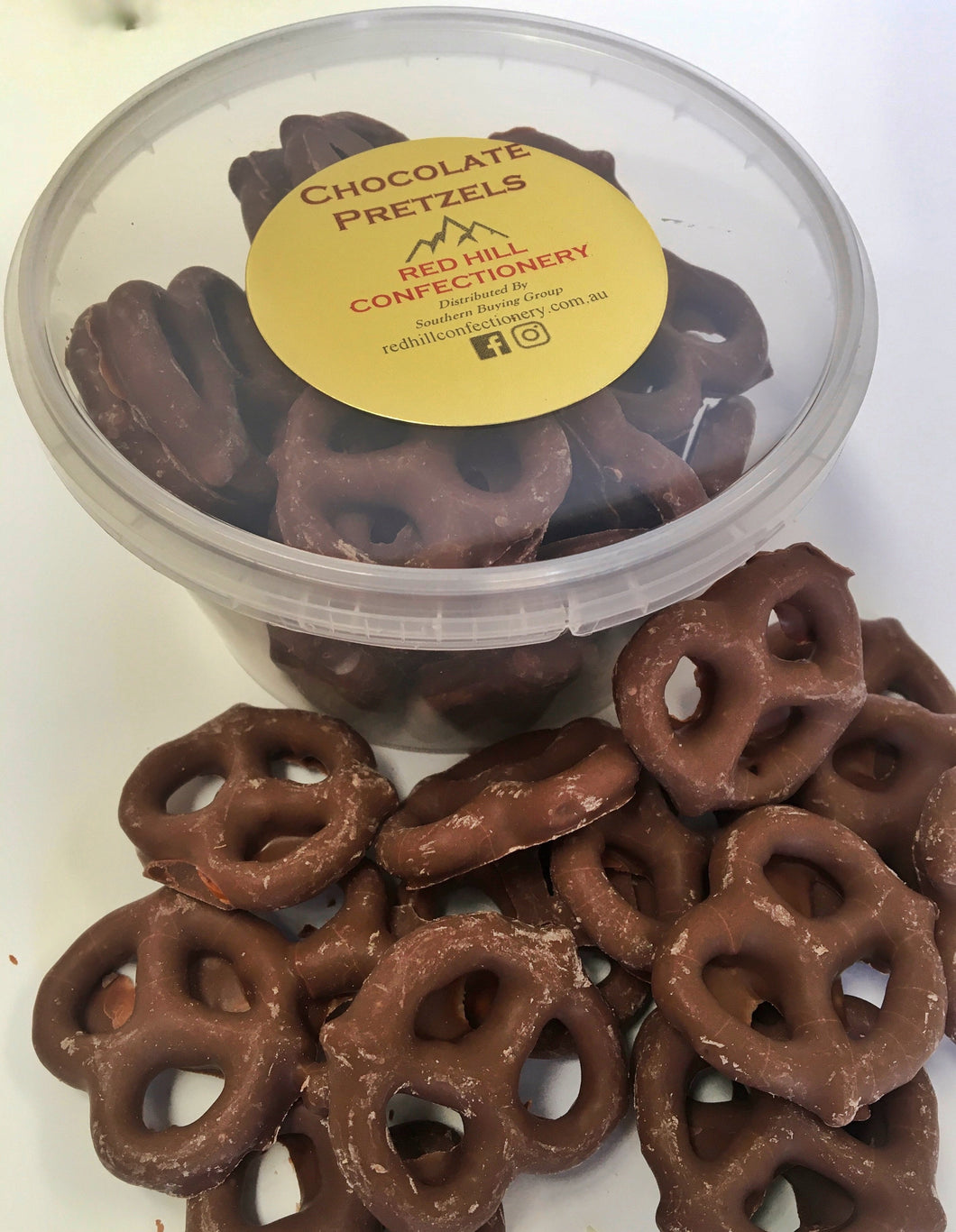 Red Hill Confectionery - Chocolate Coated Pretzels 130g Tub