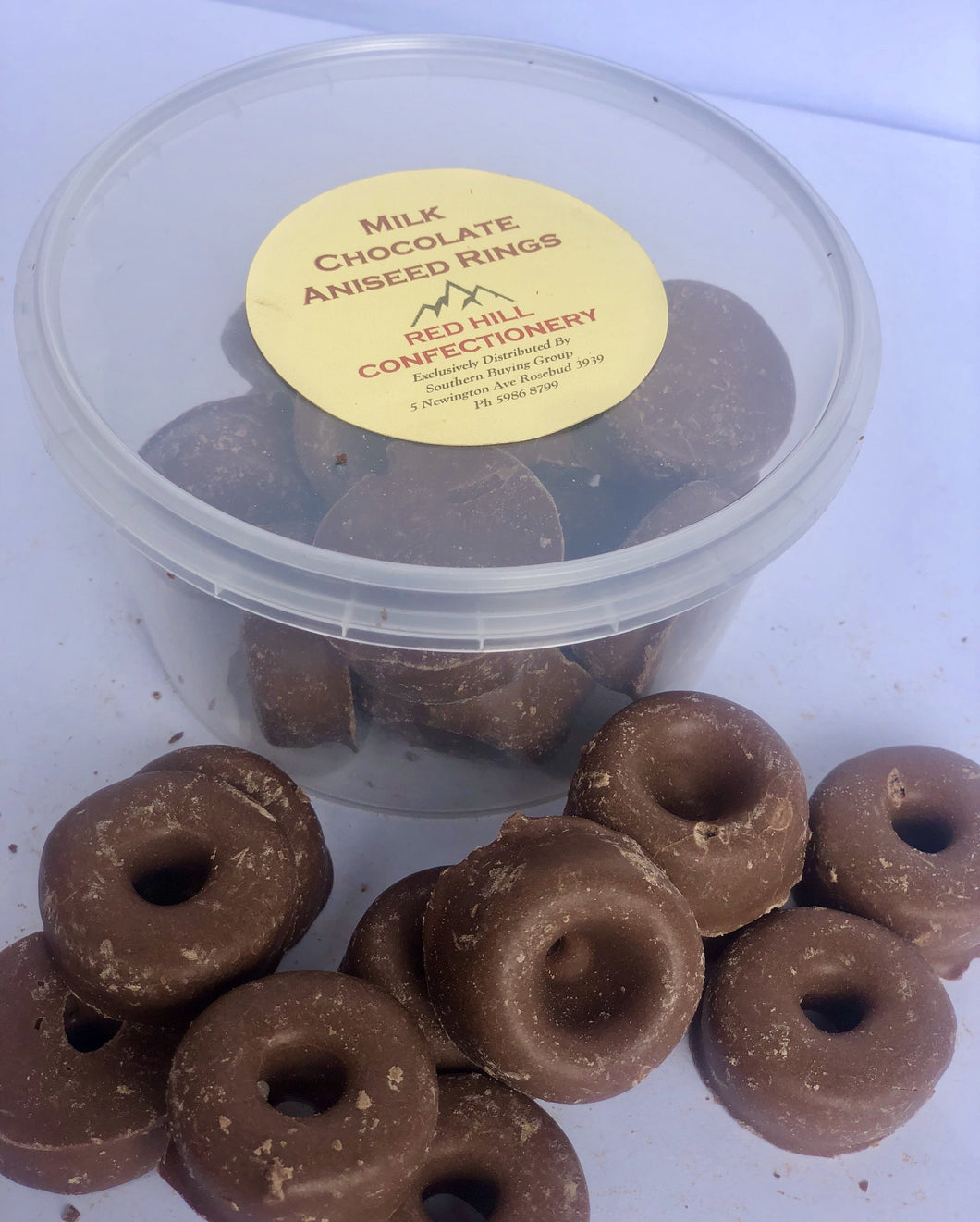 Red Hill Confectionery - Milk Chocolate Coated Aniseed Rings 200g Tub