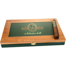 Load image into Gallery viewer, La Flor Dominicana Andalusian Bull