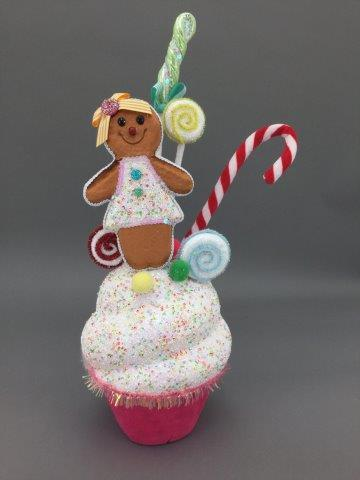 Cupcake with Gingerbread - My Christmas