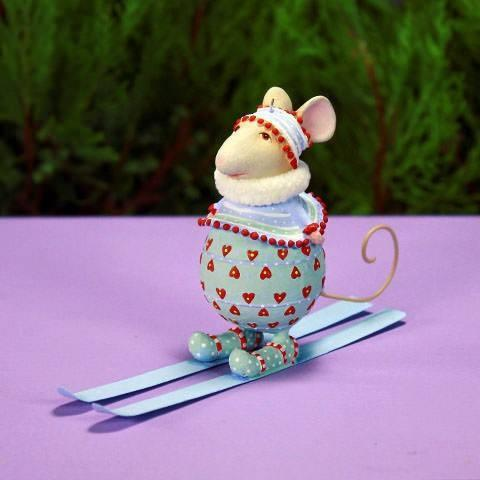 Skiing Molly Mouse - My Christmas
